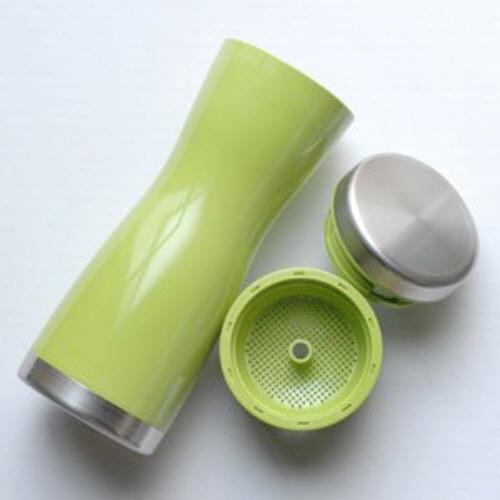 tea-pot-bottle with strainer